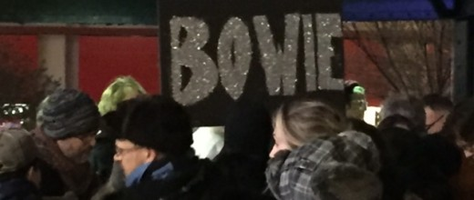 Bowie sing song in New York